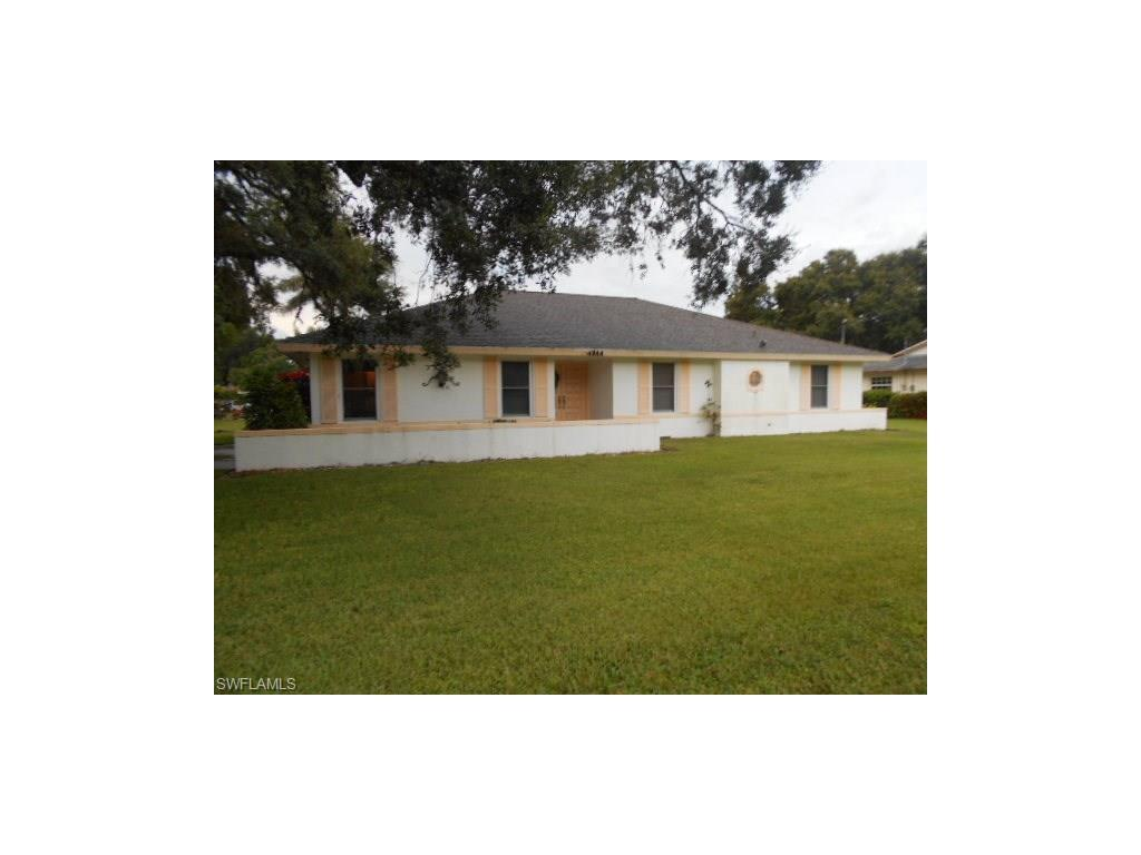 14944 Randolph Dr, Fort Myers, FL 33905 (MLS #216055850) :: The New Home Spot, Inc.