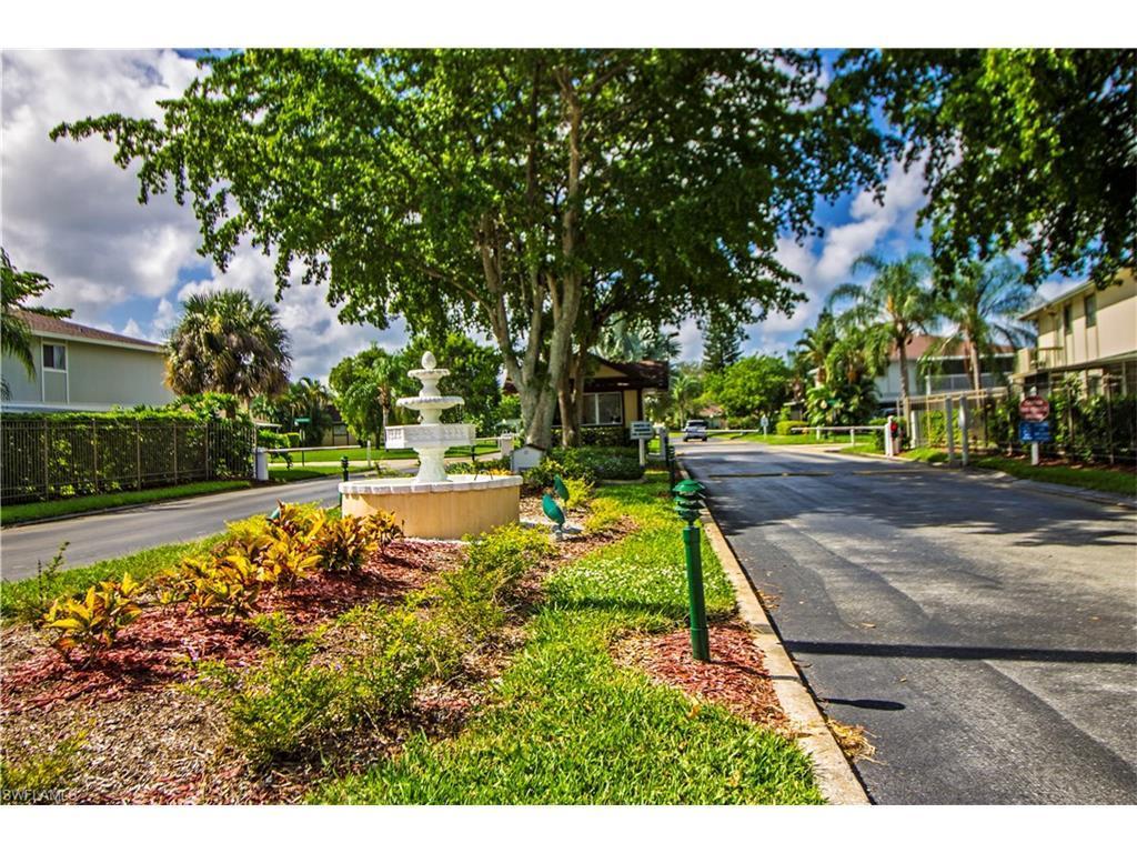 5810 Newfoundland Cir #2, Fort Myers, FL 33907 (MLS #216056204) :: The New Home Spot, Inc.