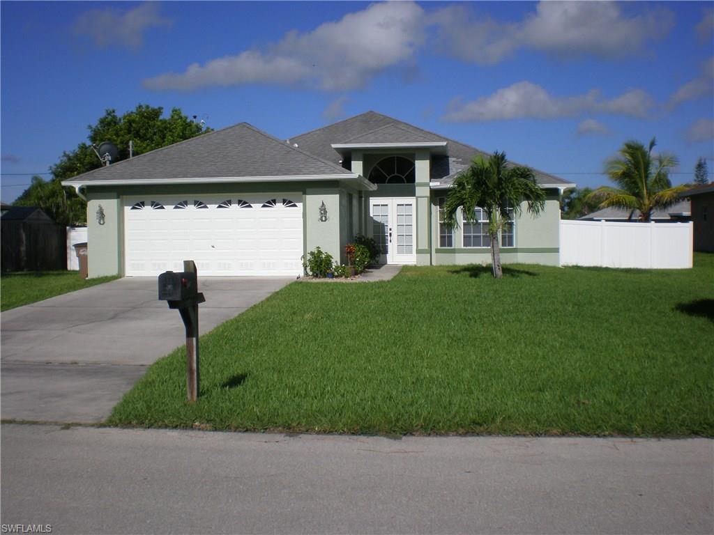 4538 SW 6th Ave, Cape Coral, FL 33914 (MLS #216056453) :: The New Home Spot, Inc.