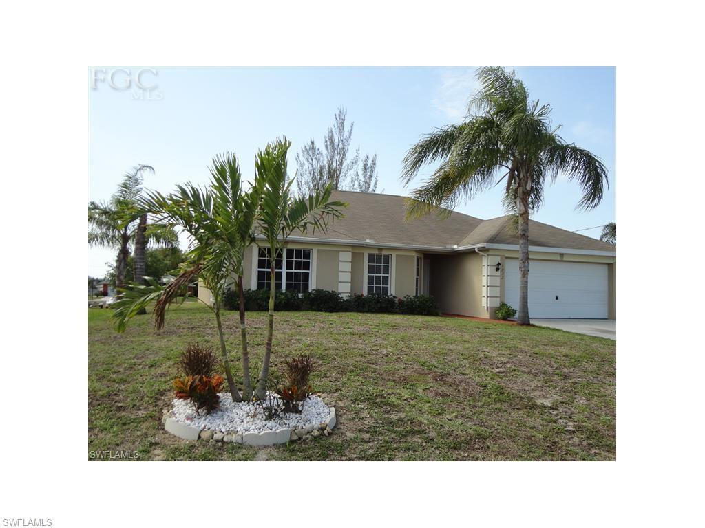 1732 SW 21st Ln, Cape Coral, FL 33991 (#216056543) :: Homes and Land Brokers, Inc