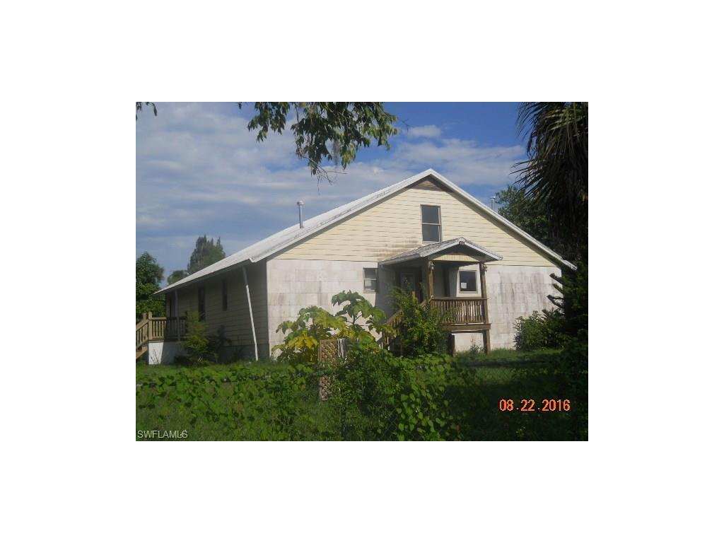 399 N Missouri St, Labelle, FL 33935 (MLS #216056551) :: The New Home Spot, Inc.