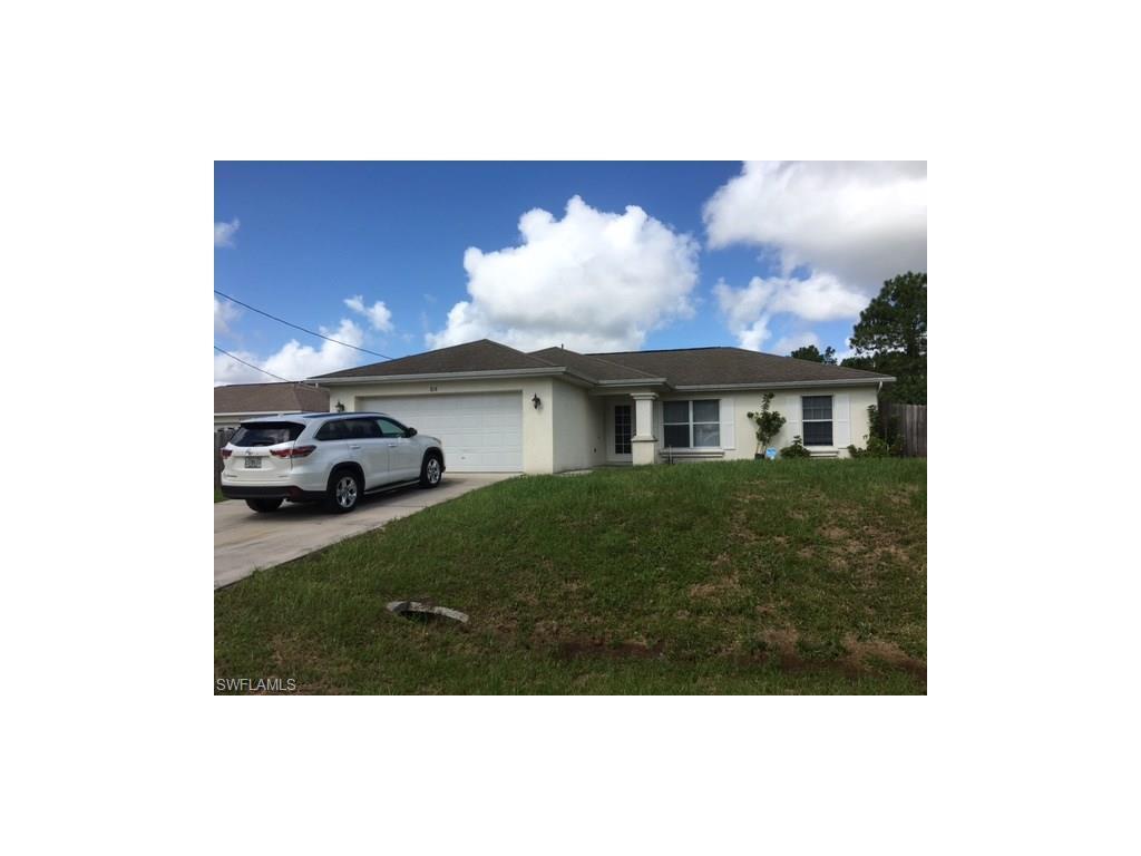 818 Crystal Ave S, Lehigh Acres, FL 33974 (MLS #216056621) :: The New Home Spot, Inc.