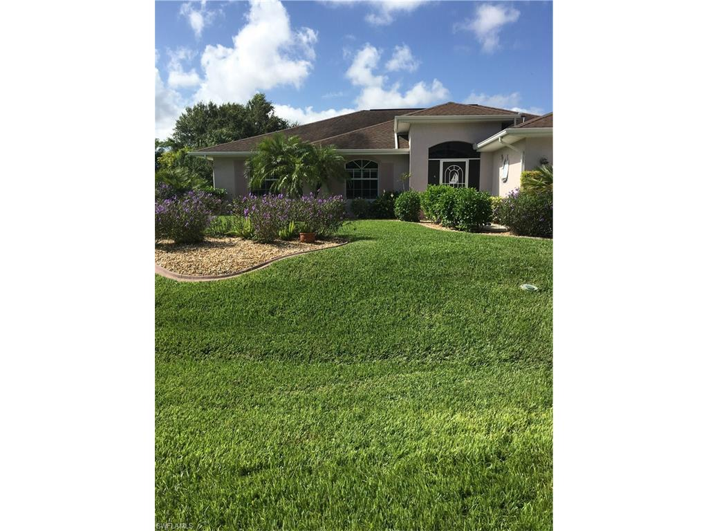2312 NE 26th St, Cape Coral, FL 33909 (#216056718) :: Homes and Land Brokers, Inc