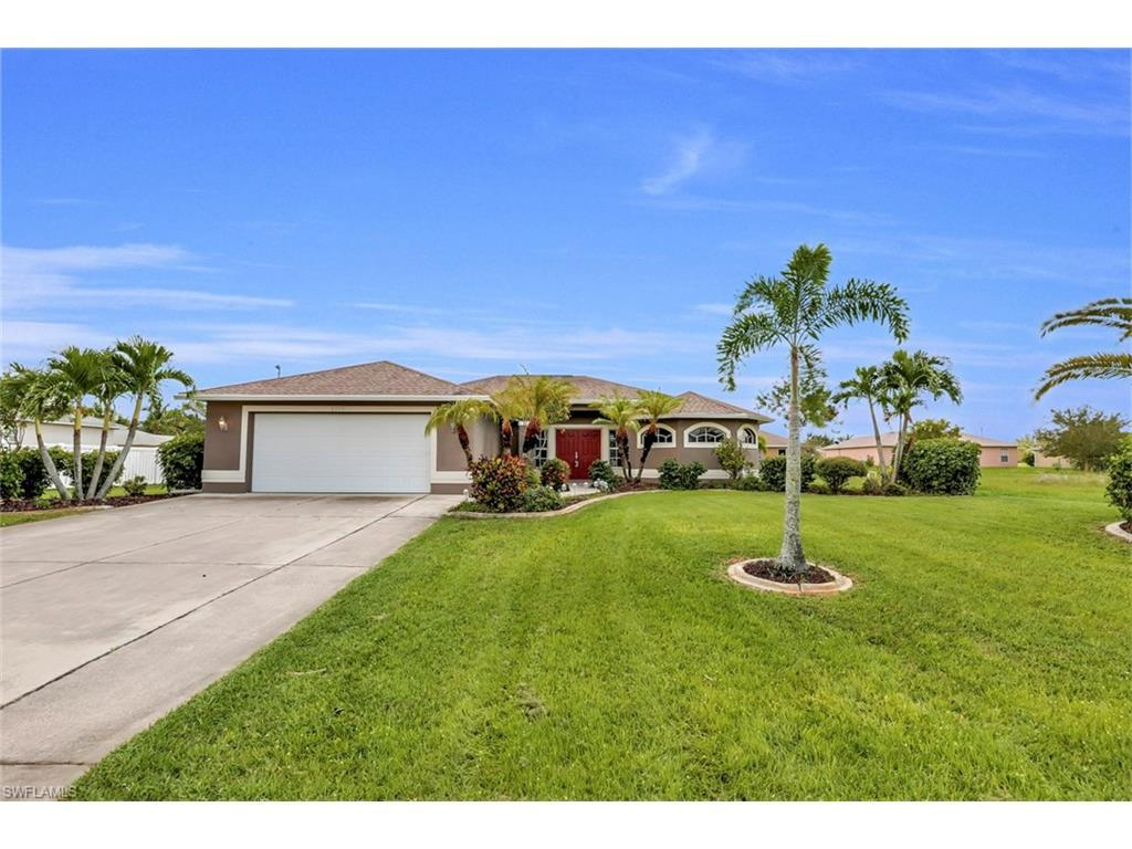 2319 SW 19th Pl, Cape Coral, FL 33991 (MLS #216056771) :: The New Home Spot, Inc.