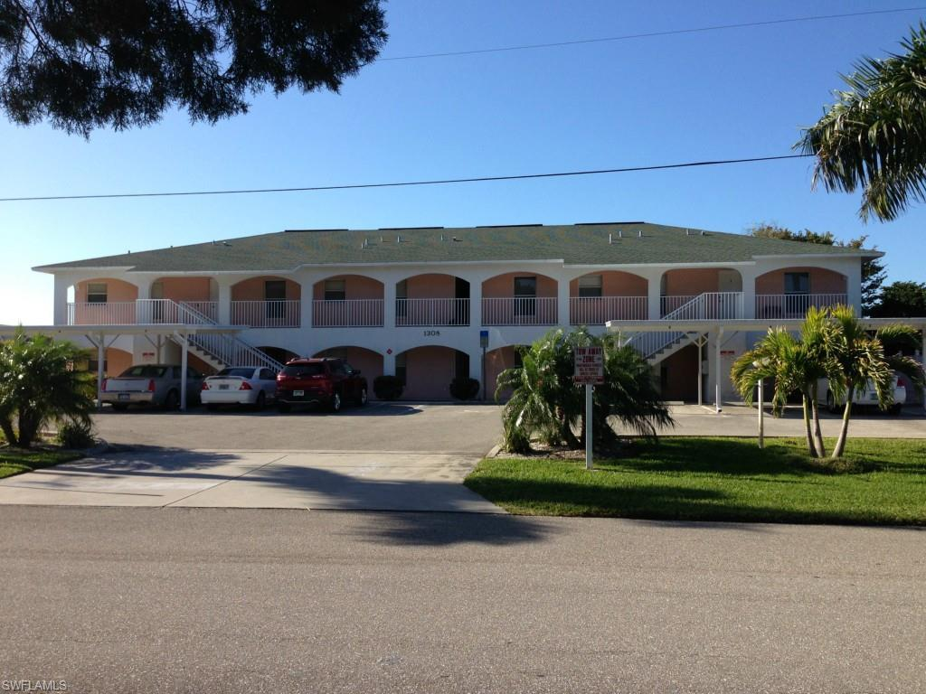 1308 SE 42nd St #4, Cape Coral, FL 33904 (MLS #216056882) :: The New Home Spot, Inc.