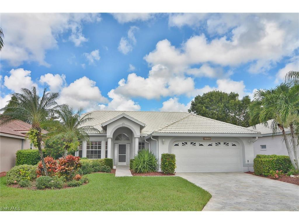 9121 Old Hickory Cir, Fort Myers, FL 33912 (MLS #216056933) :: The New Home Spot, Inc.