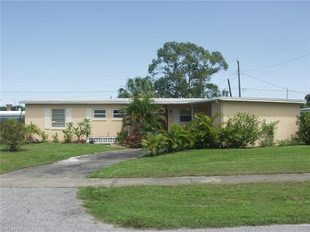 21458 Glendale Ave, Port Charlotte, FL 33952 (MLS #216056962) :: The New Home Spot, Inc.