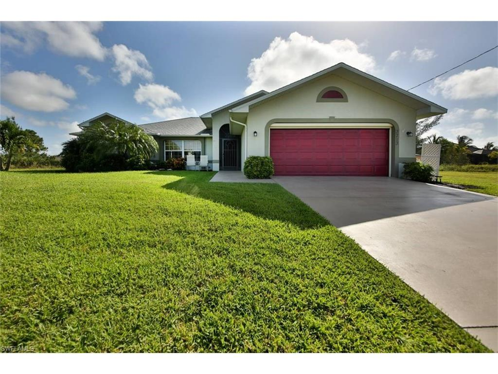 3713 NE 12th Pl, Cape Coral, FL 33909 (#216057042) :: Homes and Land Brokers, Inc