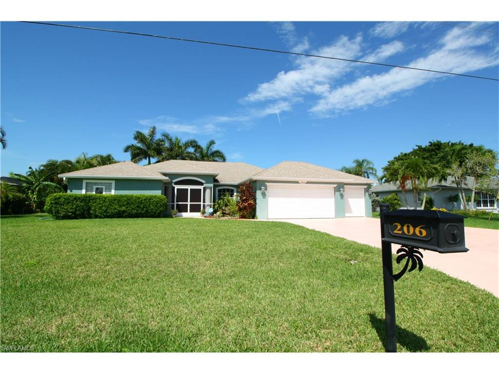 206 SE 5th Ave, Cape Coral, FL 33990 (#216057446) :: Homes and Land Brokers, Inc