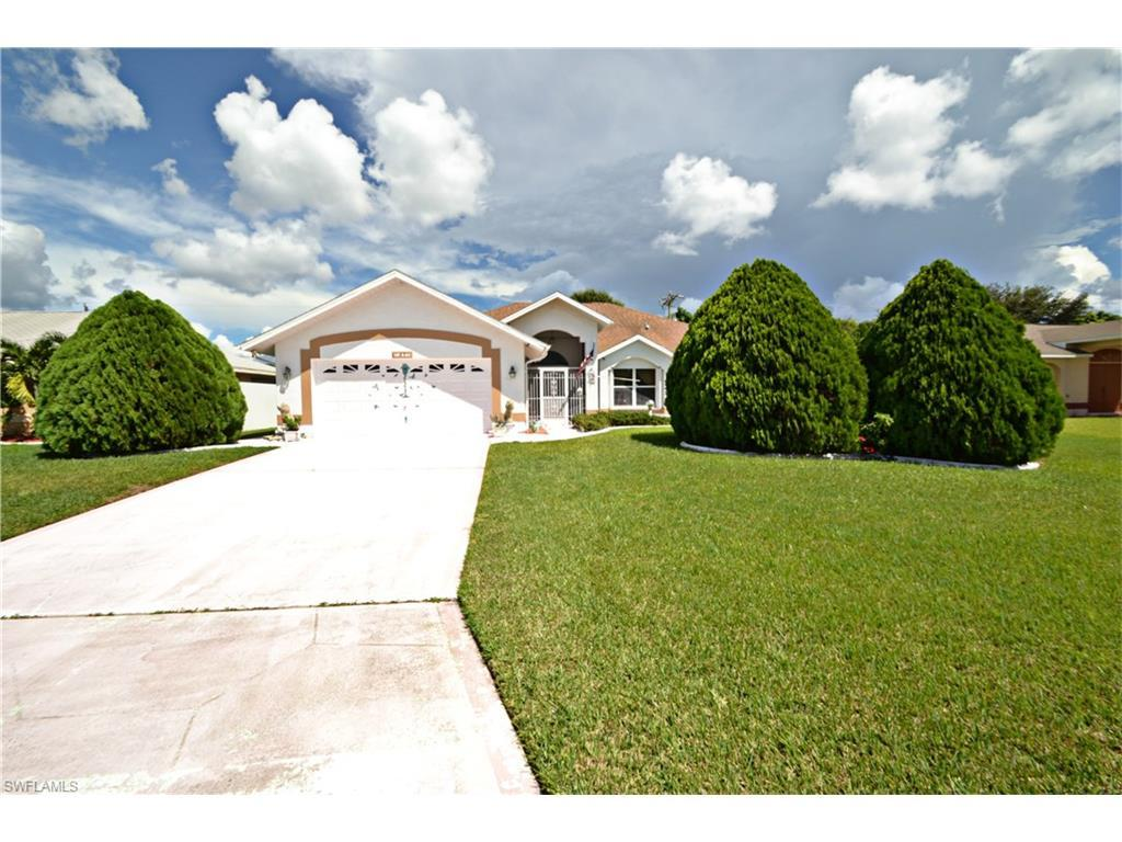 27 NE 20th Pl, Cape Coral, FL 33909 (#216057521) :: Homes and Land Brokers, Inc