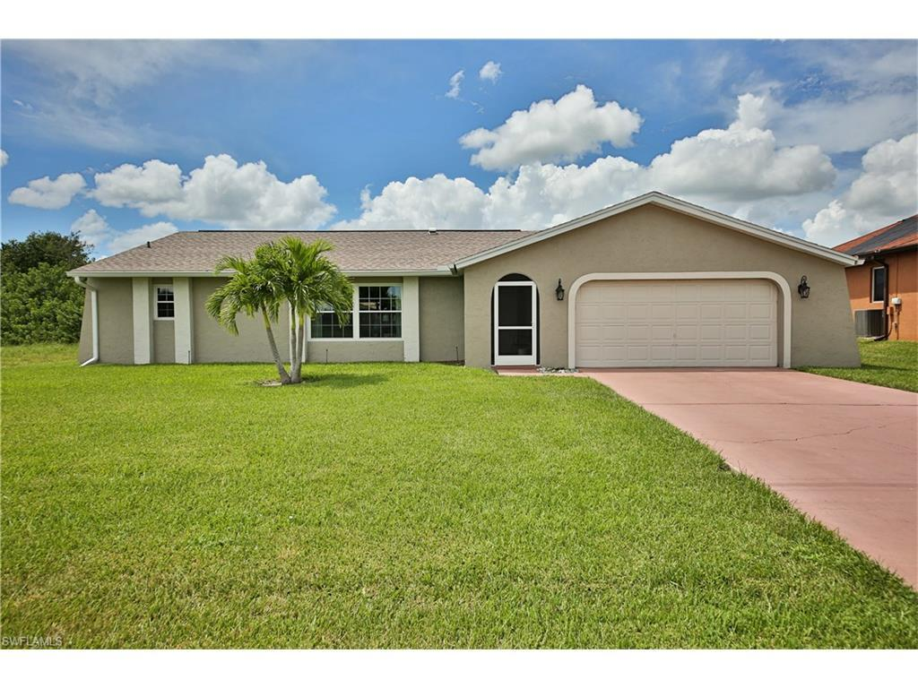 2224 SE 20th Ave, Cape Coral, FL 33990 (MLS #216057596) :: The New Home Spot, Inc.