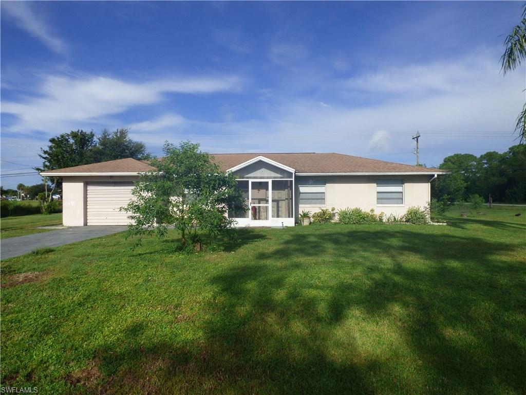 207 Delaware Rd, Lehigh Acres, FL 33936 (MLS #216057769) :: The New Home Spot, Inc.