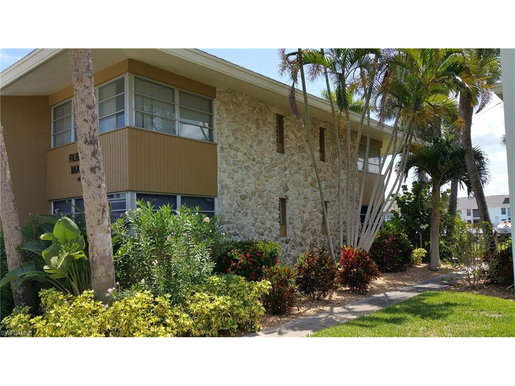 4613 SE 5th Ave #207, Cape Coral, FL 33904 (#216057881) :: Homes and Land Brokers, Inc