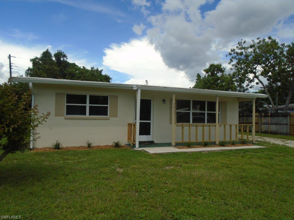2611 Elmwood St, Fort Myers, FL 33901 (MLS #216057940) :: The New Home Spot, Inc.