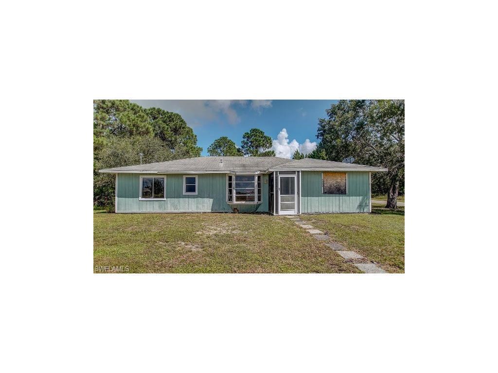 4200 3rd St SW, Lehigh Acres, FL 33976 (MLS #216057974) :: The New Home Spot, Inc.