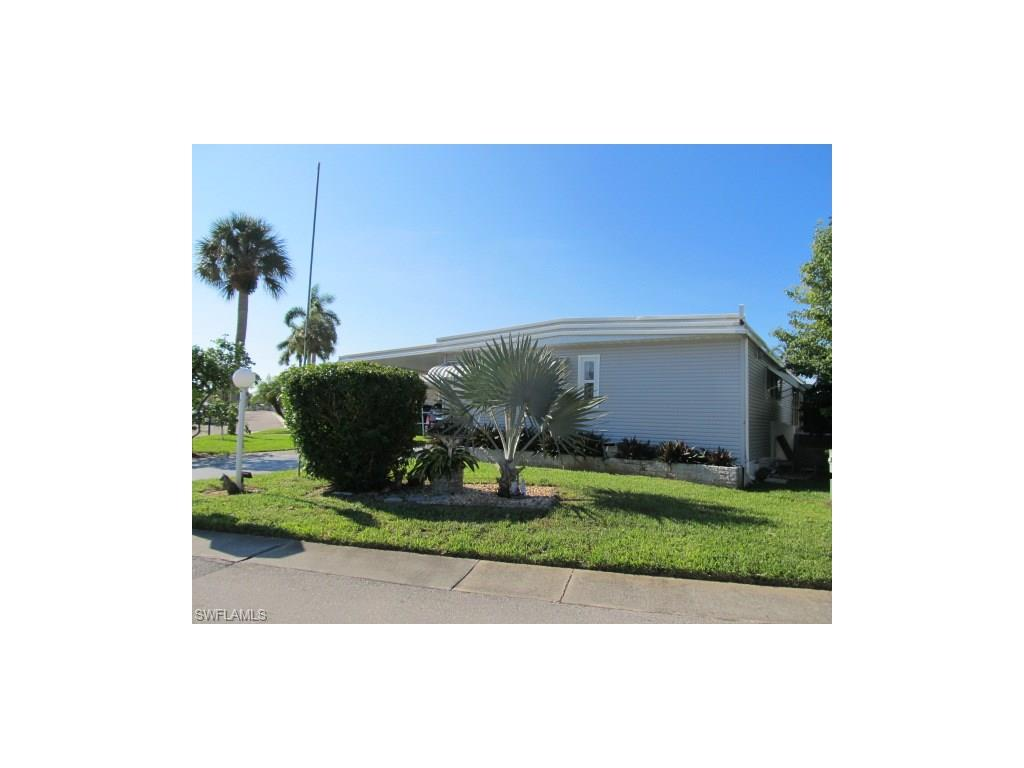 11271 Dogwood Ln, Fort Myers Beach, FL 33931 (MLS #216058180) :: The New Home Spot, Inc.