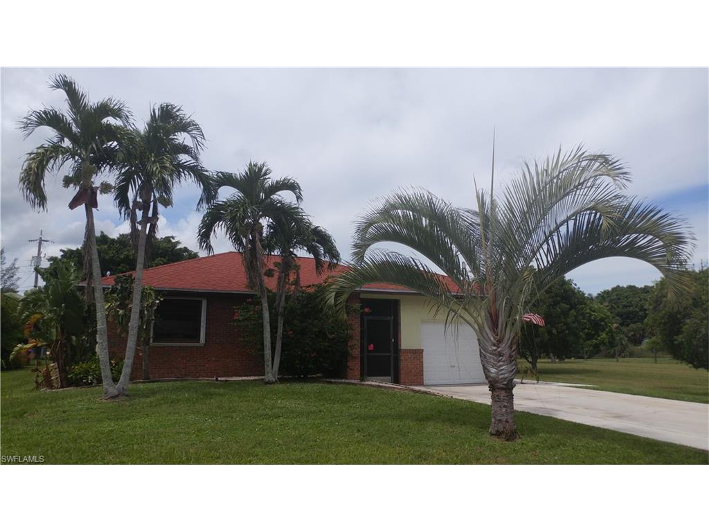 15837 Missouri St, Bokeelia, FL 33922 (MLS #216058192) :: The New Home Spot, Inc.