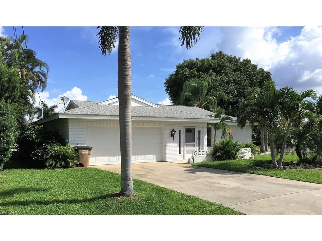 1729 SE 39th St, Cape Coral, FL 33904 (MLS #216058354) :: The New Home Spot, Inc.