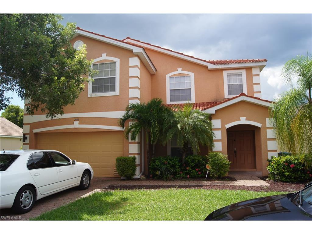 2040 Cape Heather Cir, Cape Coral, FL 33991 (#216058440) :: Homes and Land Brokers, Inc