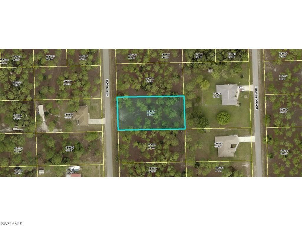 1018 North Ave, Lehigh Acres, FL 33972 (#216058596) :: Homes and Land Brokers, Inc