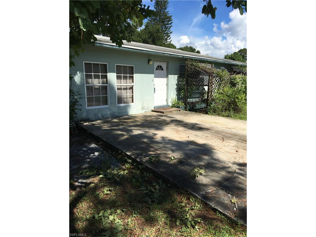 1258 Gramac Dr, North Fort Myers, FL 33917 (MLS #216058616) :: The New Home Spot, Inc.