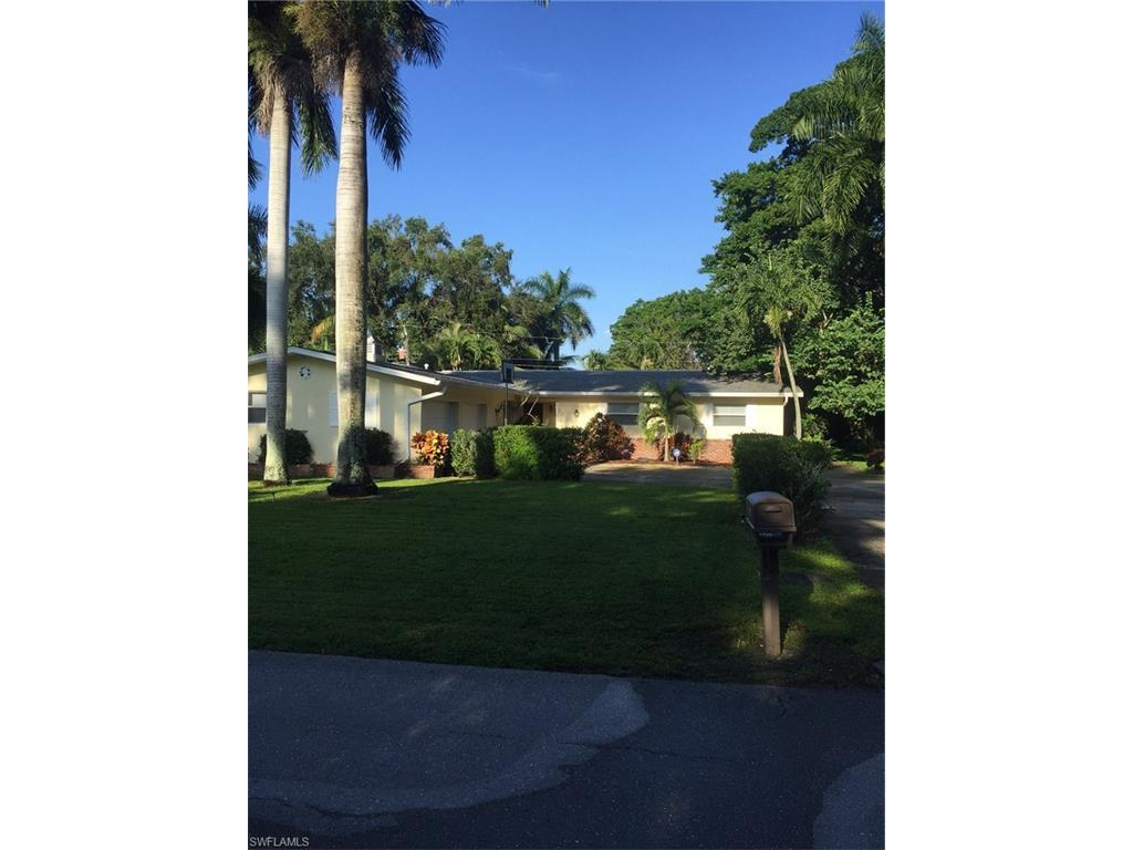 3914 Harold Ave, Fort Myers, FL 33901 (MLS #216058661) :: The New Home Spot, Inc.