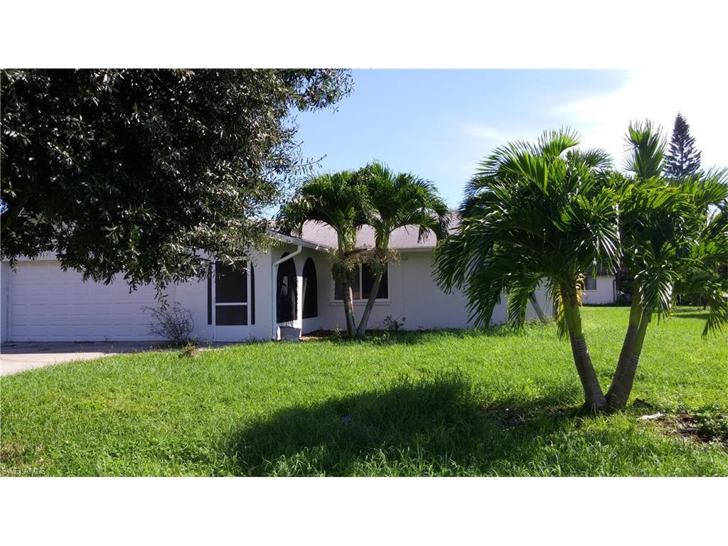 1626 SE 10th St, Cape Coral, FL 33990 (MLS #216058887) :: The New Home Spot, Inc.
