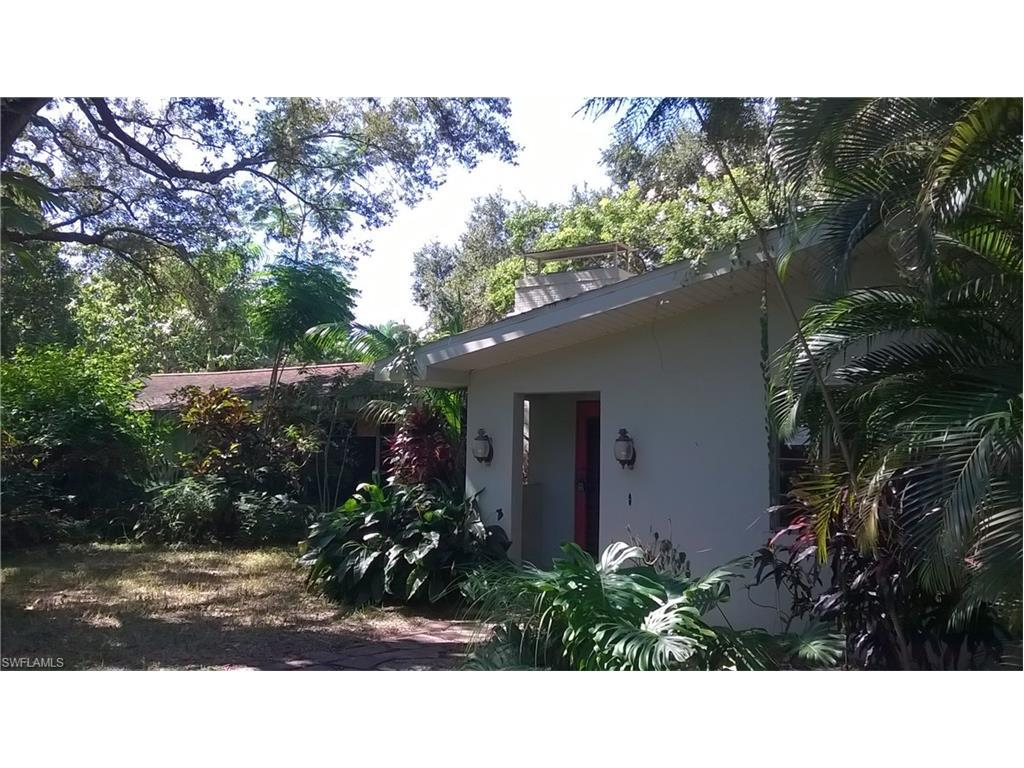 1108 Shadow Ln, Fort Myers, FL 33901 (MLS #216059080) :: The New Home Spot, Inc.