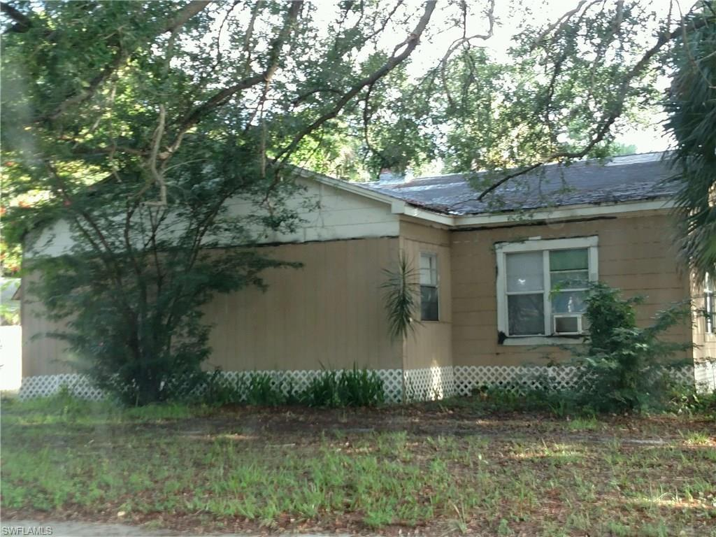 2371 Lafayette St, Fort Myers, FL 33901 (MLS #216059191) :: The New Home Spot, Inc.