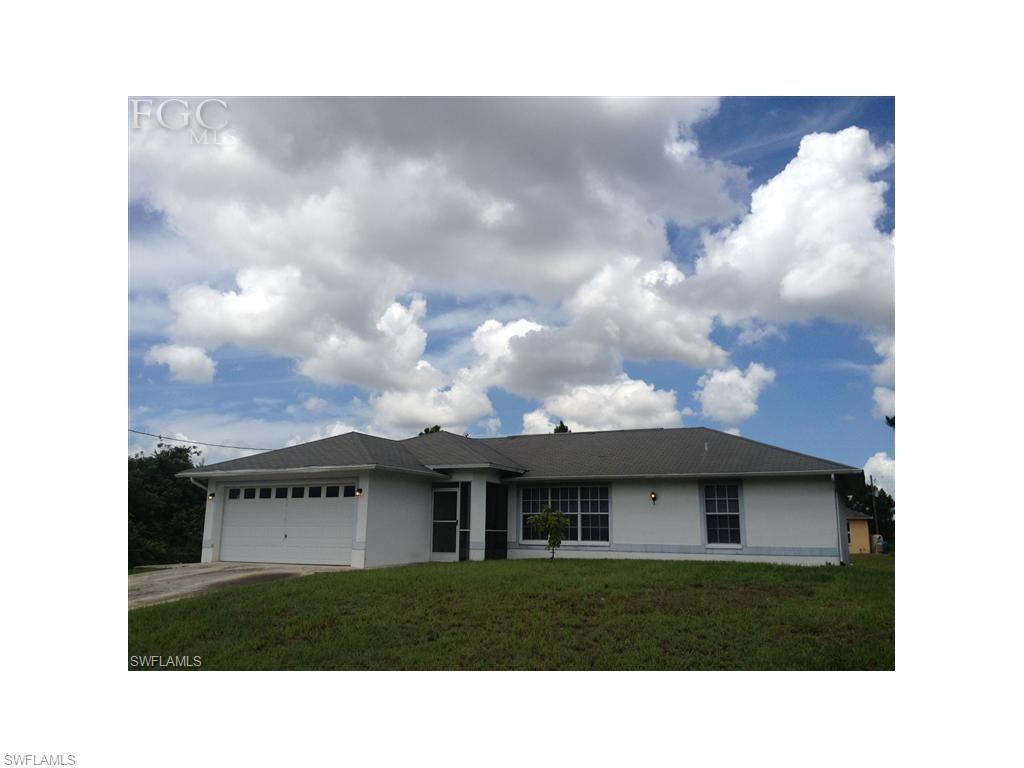 1011 Allman Ave, Lehigh Acres, FL 33971 (#216059218) :: Homes and Land Brokers, Inc