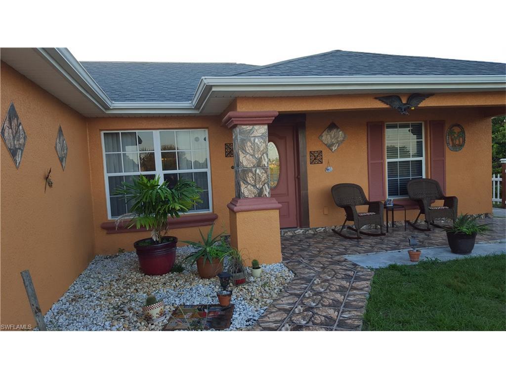 3004 Sunshine Blvd S, Lehigh Acres, FL 33976 (MLS #216059222) :: The New Home Spot, Inc.