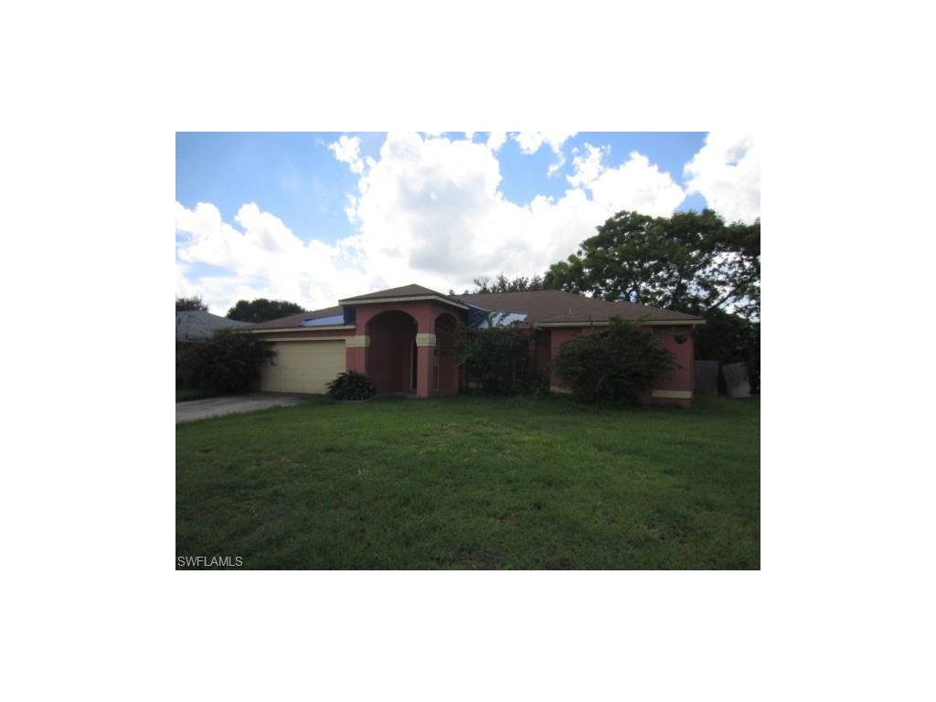 140 SE 19th Ln, Cape Coral, FL 33990 (MLS #216059228) :: The New Home Spot, Inc.