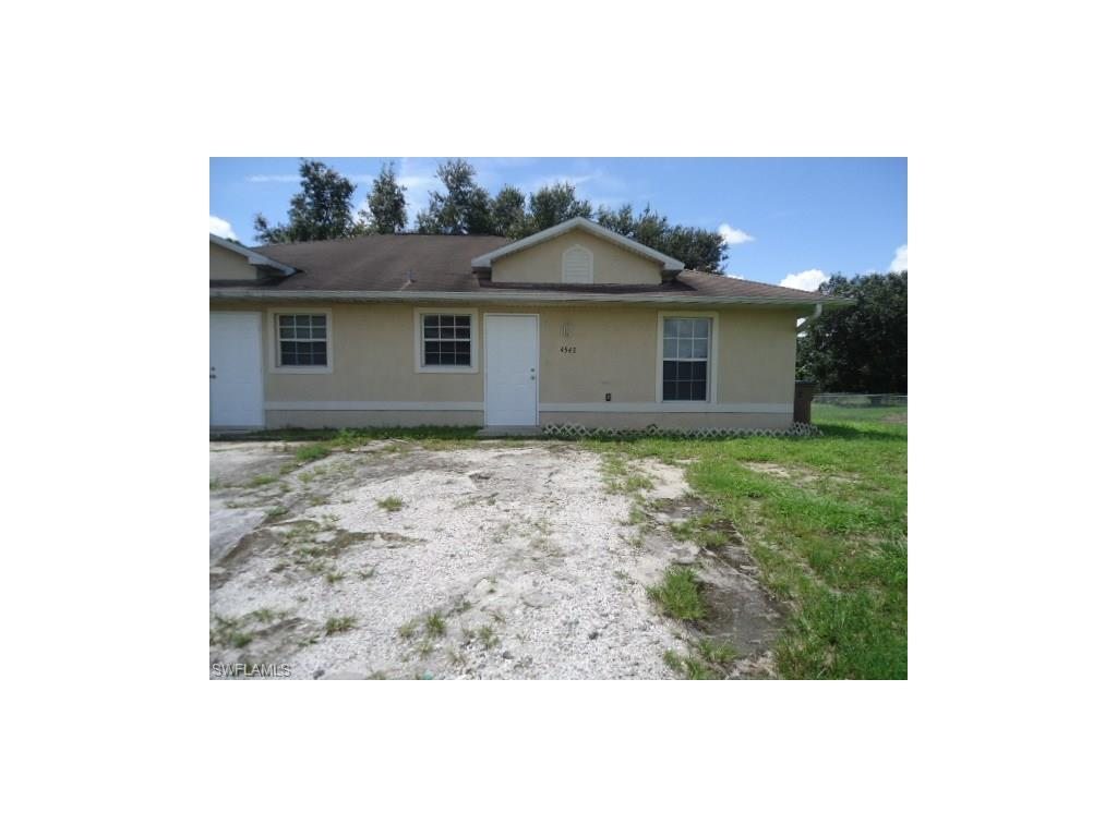 4543 26th St SW, Lehigh Acres, FL 33973 (#216059431) :: Homes and Land Brokers, Inc