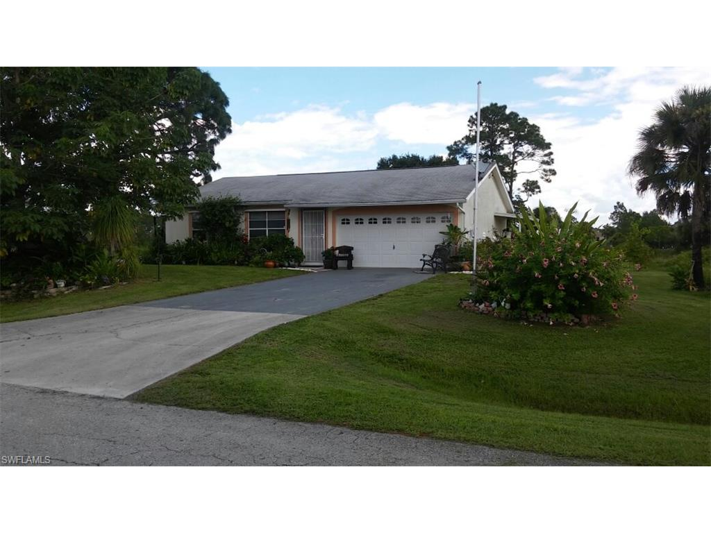 804 Mckinley Ave, Lehigh Acres, FL 33972 (#216059474) :: Homes and Land Brokers, Inc