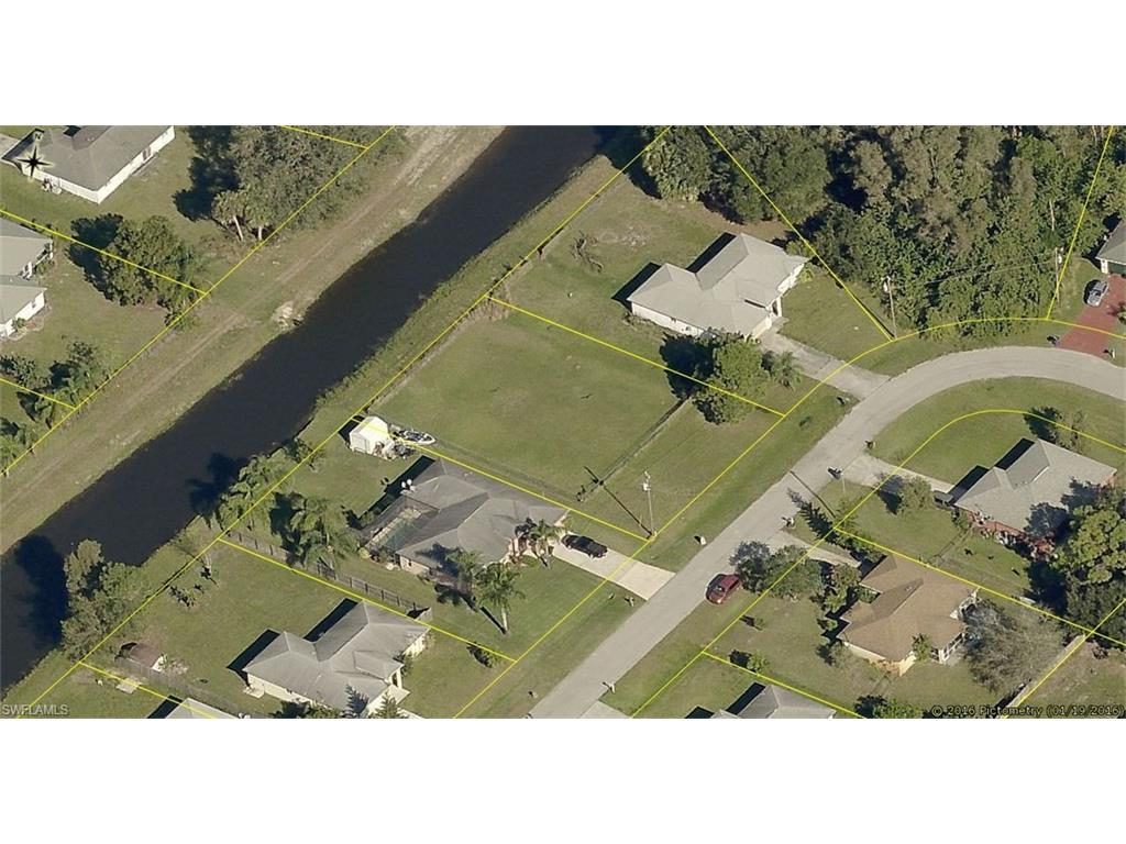 710 Fargo Dr, Fort Myers, FL 33913 (MLS #216059476) :: The New Home Spot, Inc.
