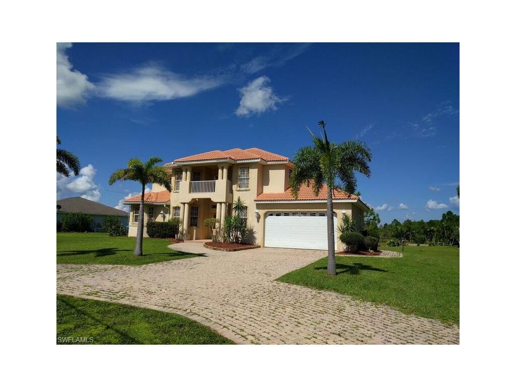 535 Denbigshire St, Lehigh Acres, FL 33974 (MLS #216059647) :: The New Home Spot, Inc.