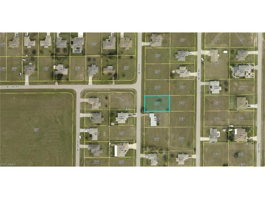 2205 NE 4th Pl, Cape Coral, FL 33909 (#216059661) :: Homes and Land Brokers, Inc