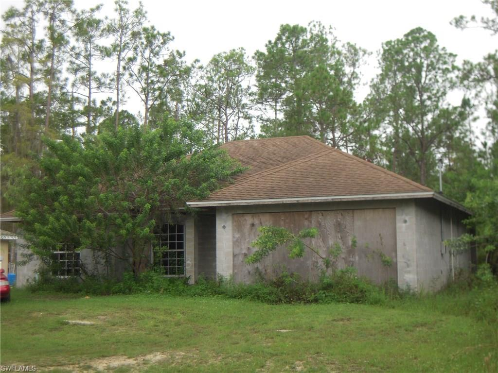 255 Woodburn Dr, Lehigh Acres, FL 33972 (MLS #216059739) :: The New Home Spot, Inc.