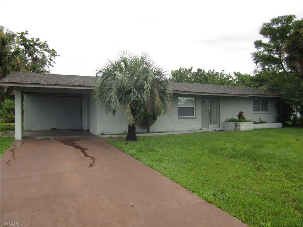 305 E Penn Rd, Lehigh Acres, FL 33936 (MLS #216059787) :: The New Home Spot, Inc.