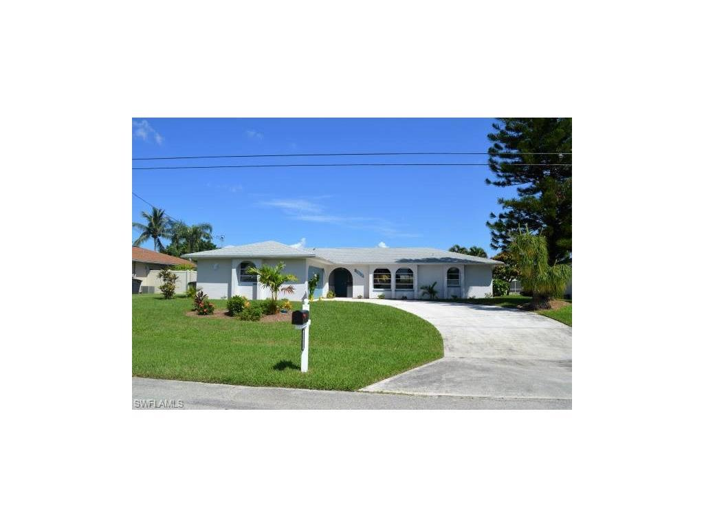 1113 SE 29th Ter, Cape Coral, FL 33904 (#216059830) :: Homes and Land Brokers, Inc