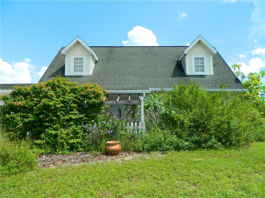 20700 Bradley Rd, North Fort Myers, FL 33917 (MLS #216059951) :: The New Home Spot, Inc.