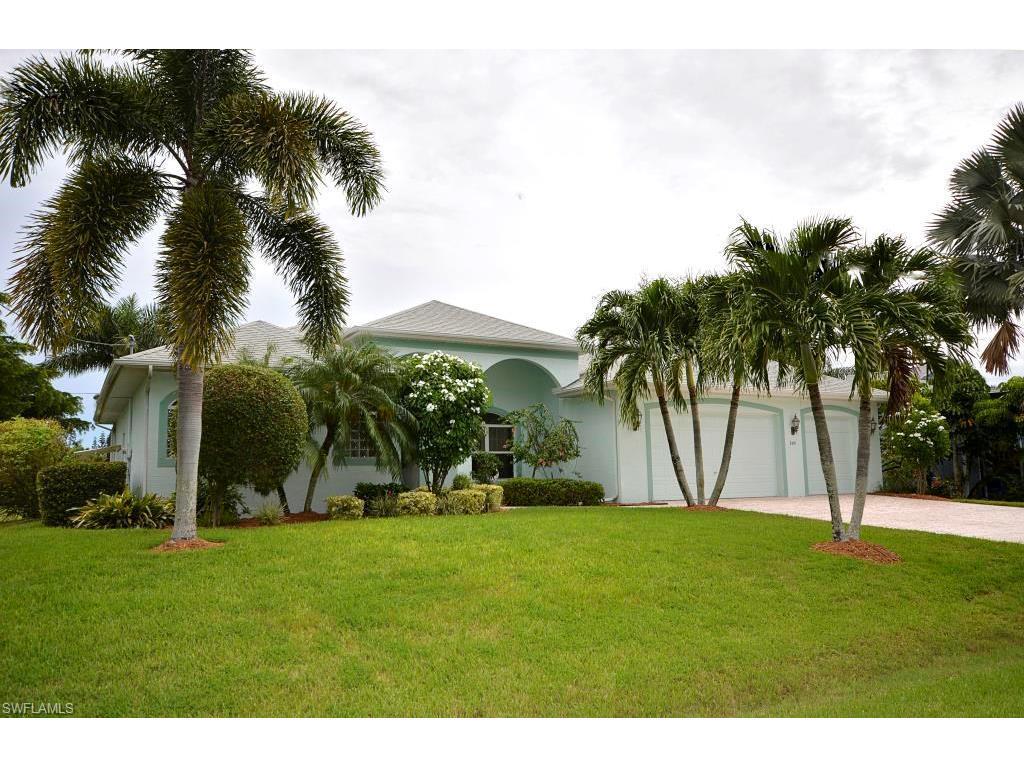 7419 Grande Pine Rd, Bokeelia, FL 33922 (MLS #216060576) :: The New Home Spot, Inc.