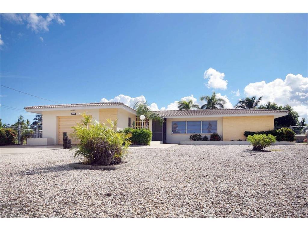 3417 SE 17th Ave, Cape Coral, FL 33904 (MLS #216060618) :: The New Home Spot, Inc.