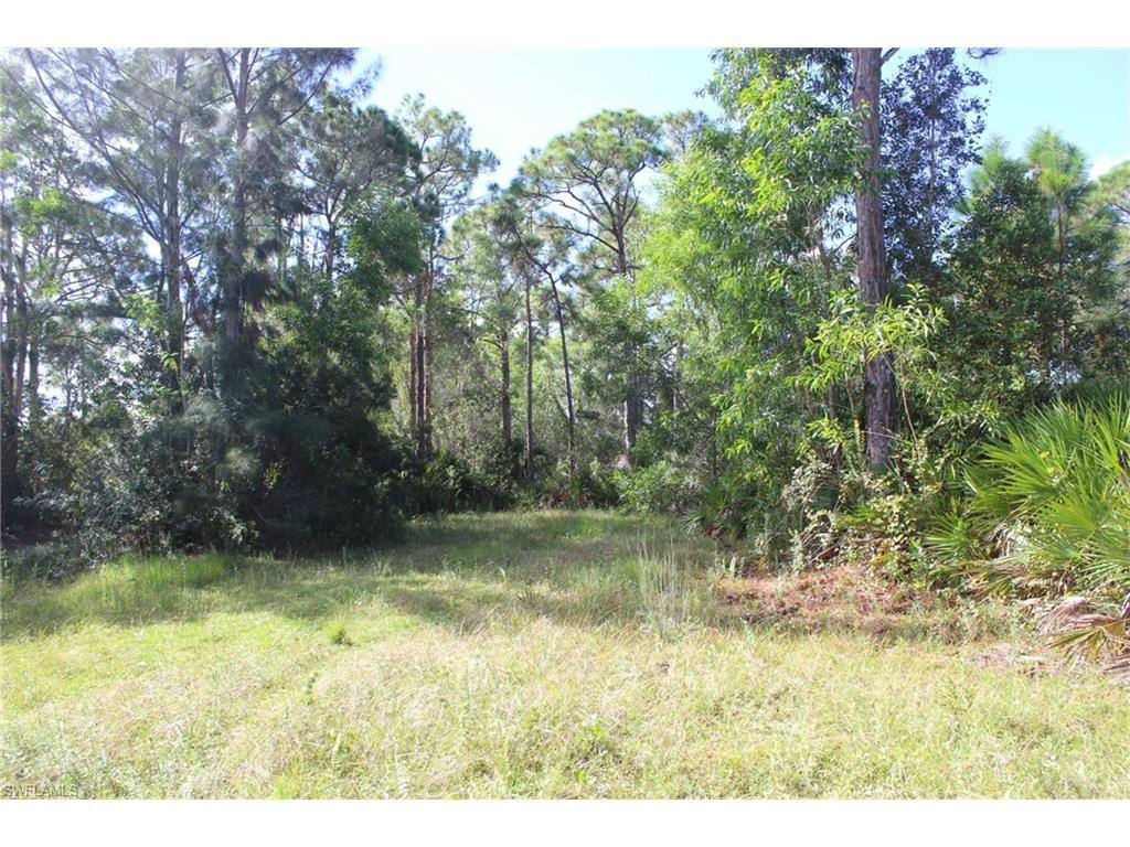 8901 Whispering Pines Dr, St. James City, FL 33956 (#216060824) :: Homes and Land Brokers, Inc