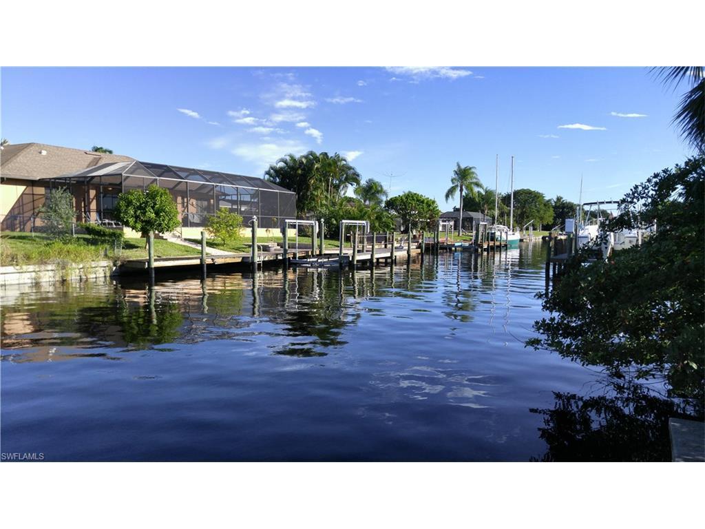 5227 Tamiami Ct, Cape Coral, FL 33904 (MLS #216060842) :: The New Home Spot, Inc.