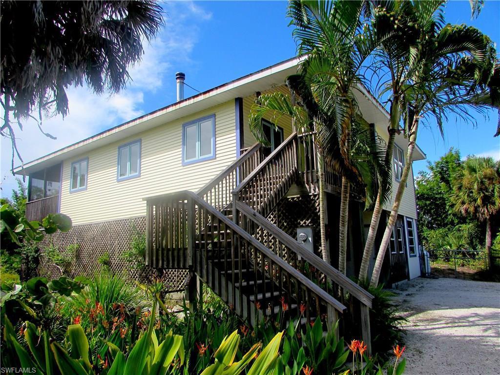7056 Coccoloba Way, Bokeelia, FL 33922 (MLS #216060865) :: The New Home Spot, Inc.