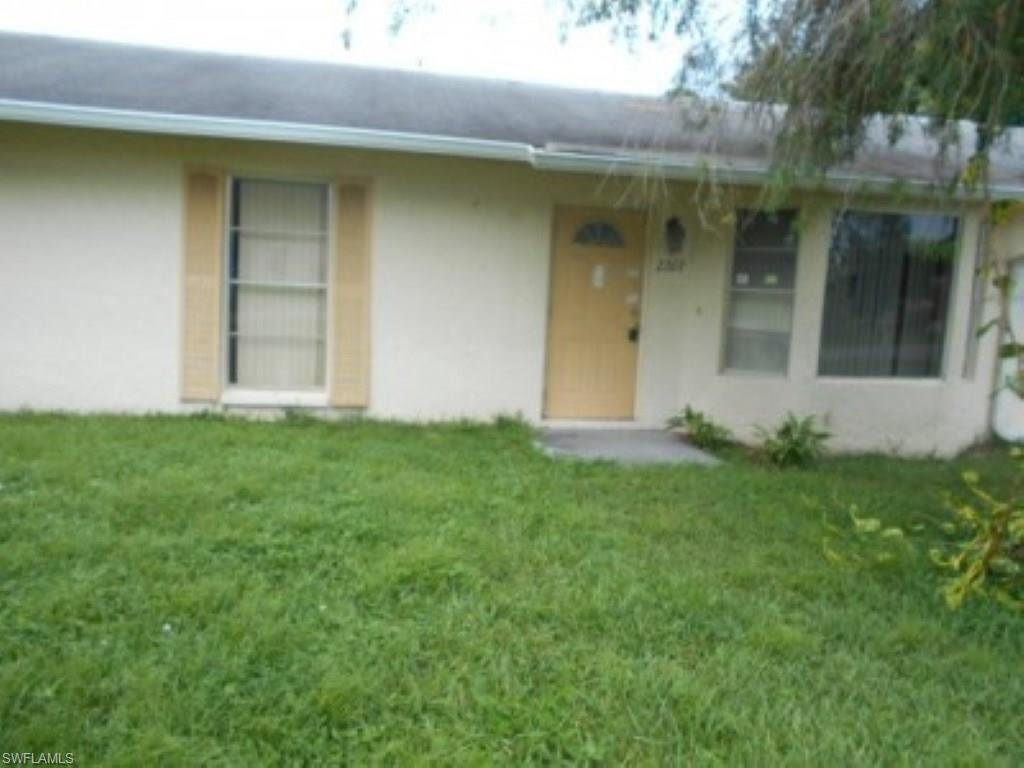2267 51st Ter SW, Naples, FL 34116 (#216060879) :: Homes and Land Brokers, Inc