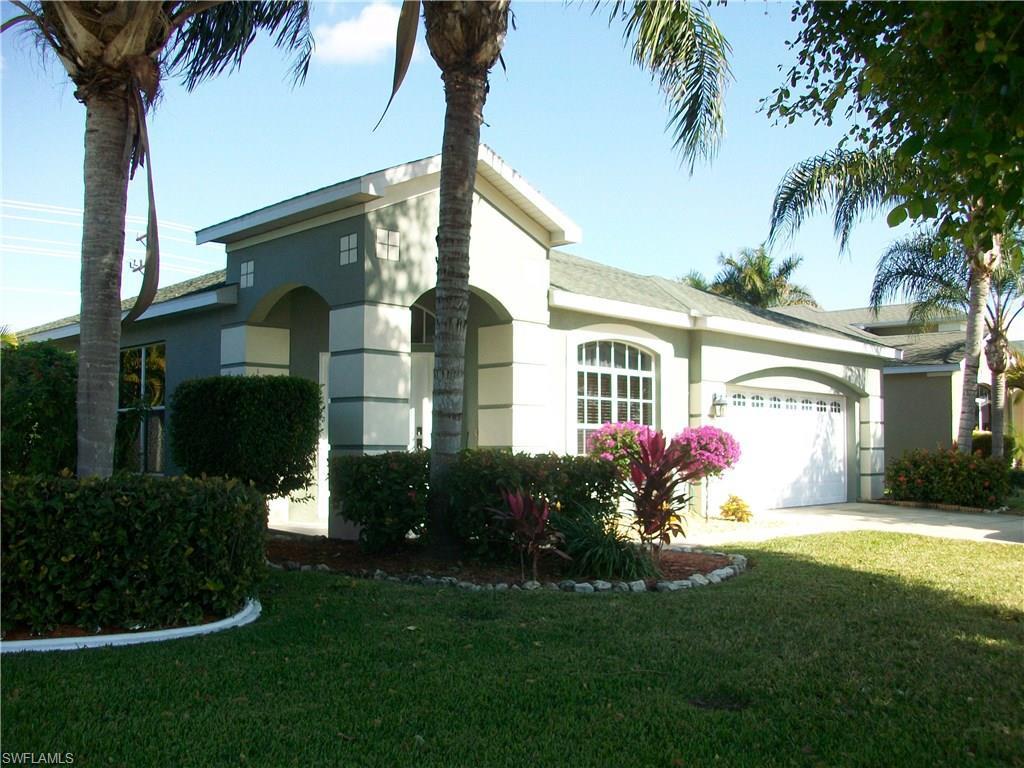 409 Emerald Cove Ln, Cape Coral, FL 33991 (MLS #216060930) :: The New Home Spot, Inc.