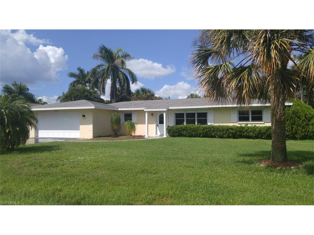 177 Viking Way, Naples, FL 34110 (#216061091) :: Homes and Land Brokers, Inc