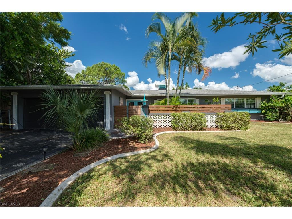 2107 Coral Point Dr, Cape Coral, FL 33990 (#216061125) :: Homes and Land Brokers, Inc
